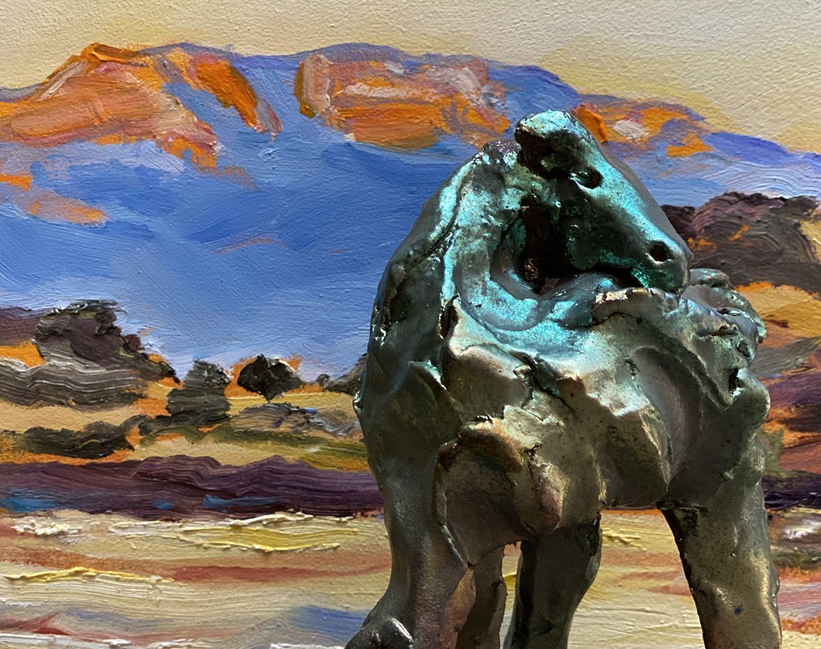 Freeman_Valerie_painting horse sculpture 2021